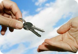 Handing over keys at the end of your lease